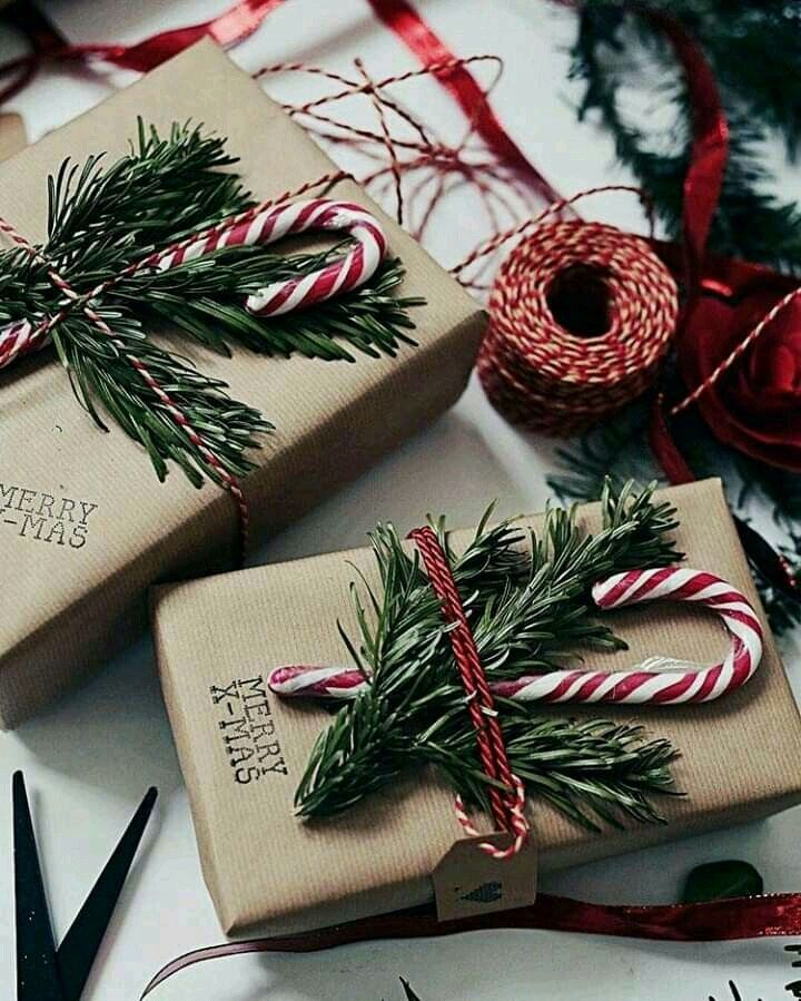 Use craft paper instead of wrapping paper for Christmas