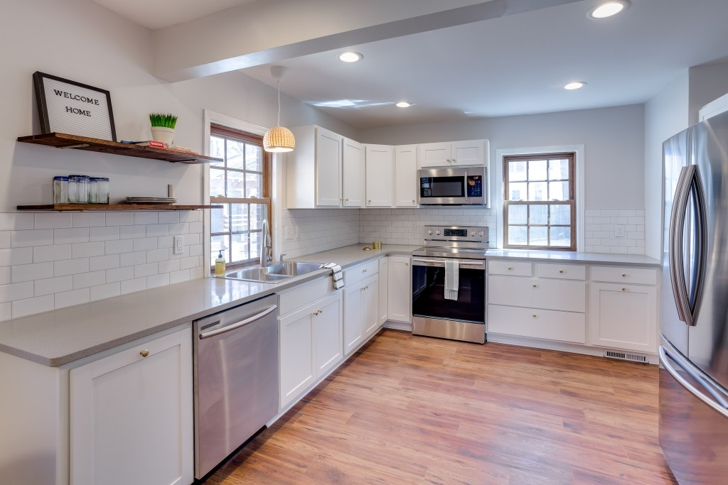 Eider White is a great neutral paint color option