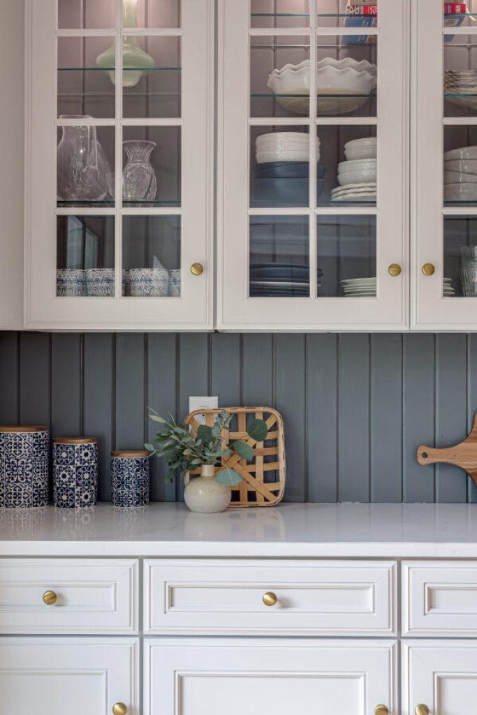 8 ways to efficiently organize your kitchen | Building Bluebird #organization #kitchencabinets #declutter #homerenovation