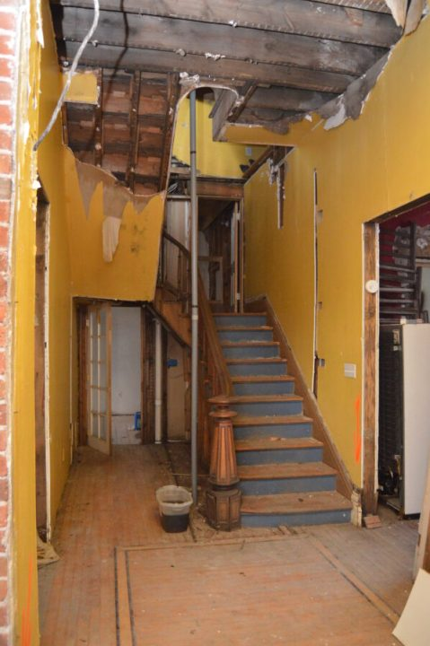 Renovating the interior of the historic Bosler House | Building Bluebird #historichomes #westhighlands #italianate