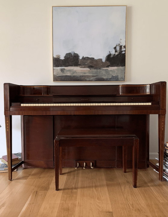 Mixing old and new furniture for our living room makeover | Building Bluebird #oneroomchallenge #bhgorc #mcm #piano