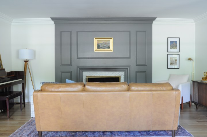 Masculine & Modern living room design for the One Room Challenge | Building Bluebird #livingroom #modern #leathercouch