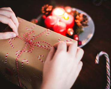 6 Tips for Gifting Money