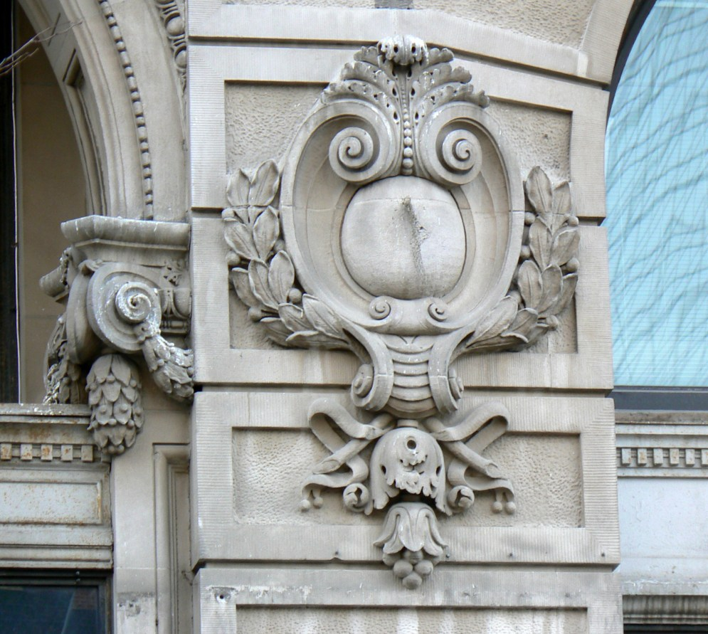 architectural_details_on_brandeis_building_1