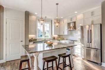 401 Kitchen_2