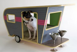camper-style-doghouses-are-a-big-seller