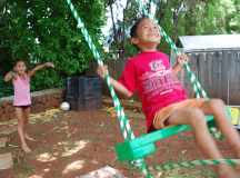 Build a Tree Swing for Two in the Backyard