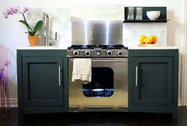 modern-play-kitchen