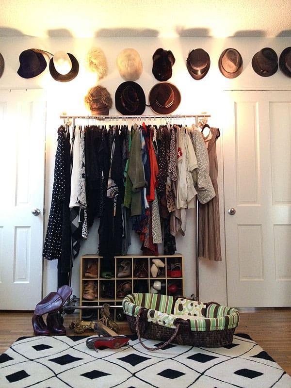 closet-wall