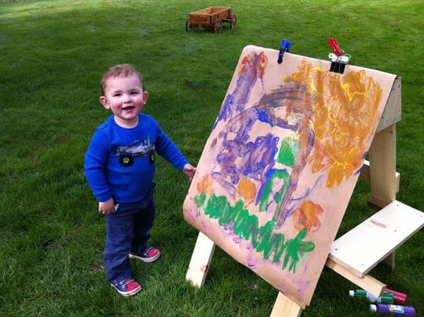childrens-art-easel
