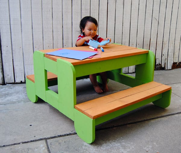 Build Kids Picnic Table