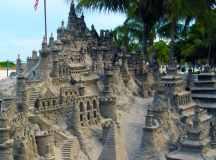 25 Summer Sandcastles