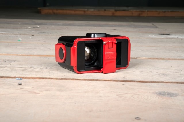 IonVR virtual reality mobile headset