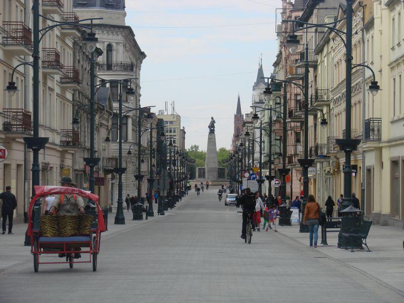 Piotrkowska - widok na Plac Wolności