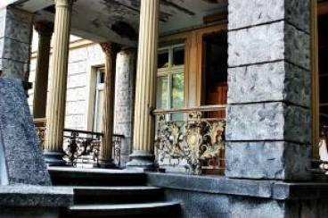 Willa Herbsta - portyk przed wejściem