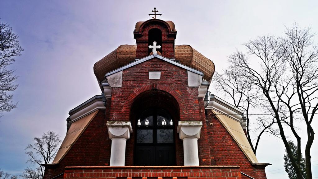 Cerkiew Zaśnięcia Przenajświętszej Bogurodzicy na cmentarzu w Łodzi