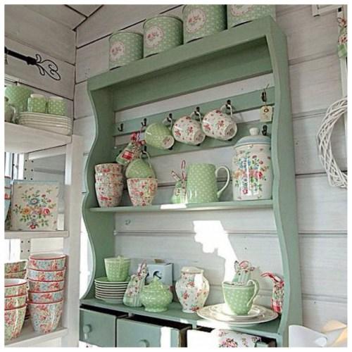 decorar estanterías de cocina estilo francés