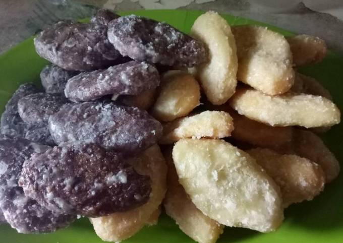 18 Kue Tradisional Indonesia Yang Bikin Merem Melek Keenakan