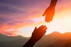 membangun solidaritas sosial