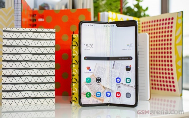 Samsung has already sold 1 million Galaxy Fold units