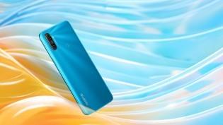 Realme C3 in Frozen Blue color