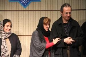 پری صابری به همراه دختر و پسرش ، مریم و تیمور شیرین لو ـ عکس از مژگان عطاءاللهی