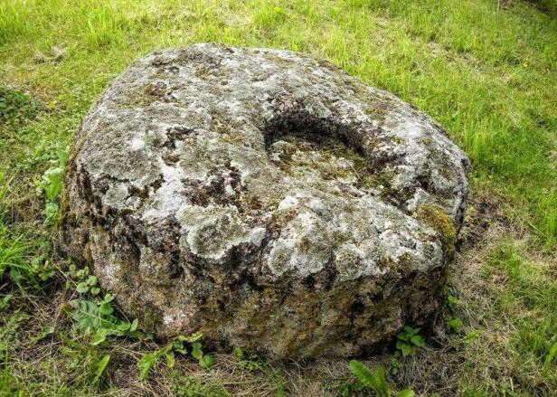 Sūdėnų akmuo
