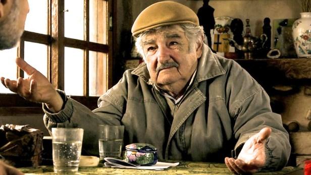mujica namuose.jpg