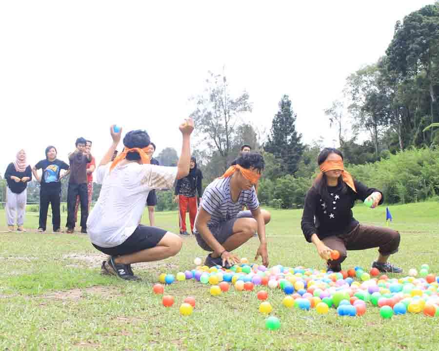 blind ball bukit golf cibodas fun games