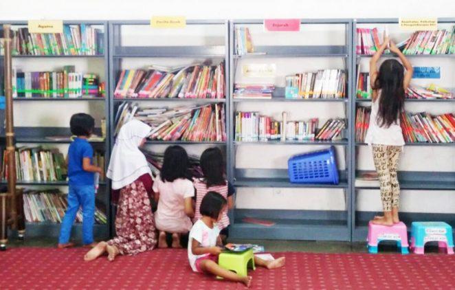 Suasana Perpustakaan Buku Berkaki di Museum Kebangkitan Nasional, Jakarta.