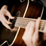 Cara Membaca Tab Gitar Dengan Benar dan Baik