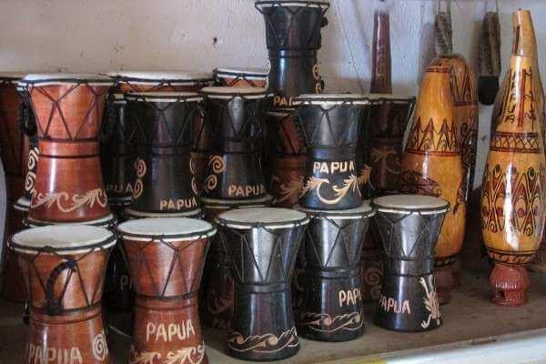 alat musik tifa sejarah