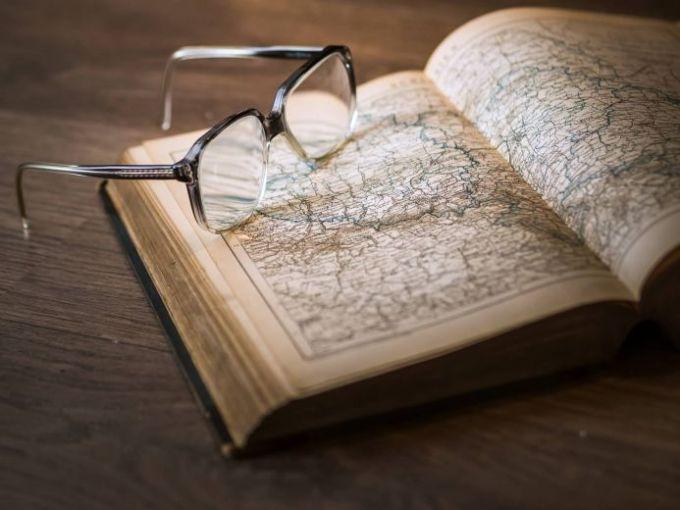Pengertian Sejarah Secara Etimologi dan Terminologi