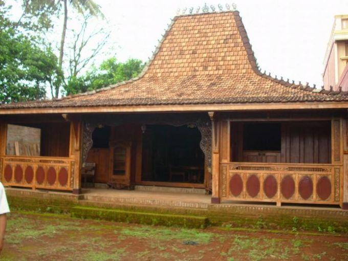 Rumah Adat Provinsi Jawa Timur