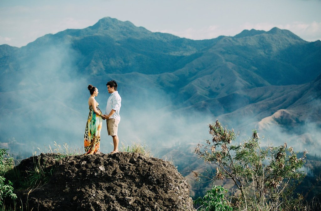 Sean & Charnele –Fiji Engagement / Maternity Session