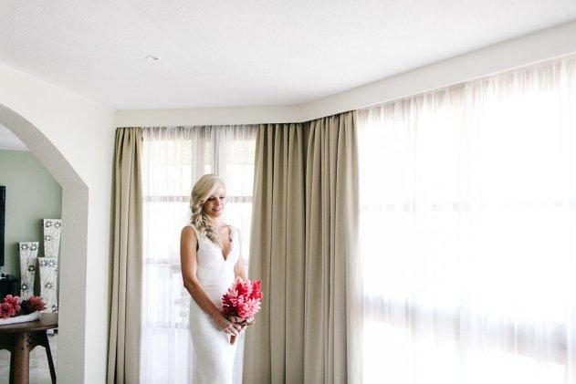 Bula Bride Fiji Wedding Blog / Brad & Mel — Warwick Fiji Wedding. Captured by Leezett Photography