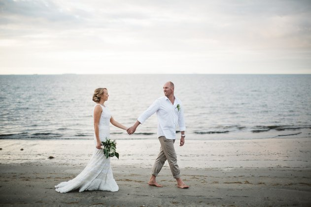 LeezettPhotography773Bula Bride Fiji Wedding Blog // Josh & Kelly — Hilton Fiji Wedding. Captured by Leezett Photography