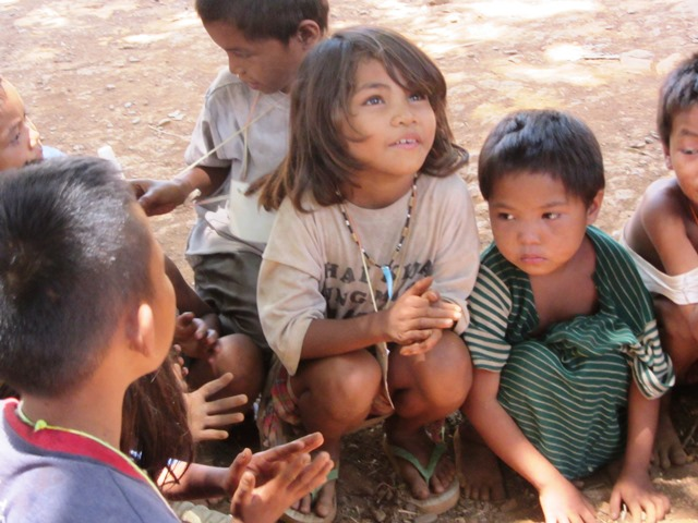 Mangyan children share stories during the Mangyan Day gathering of 7 tribes in Mindoro (Photo by M. Salamat / www.bulatlat.com)