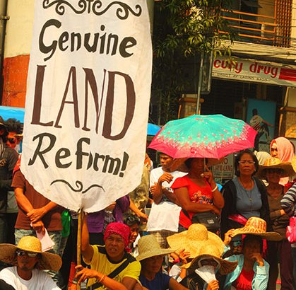 Farmers tell Duterte to fulfill promise of land reform