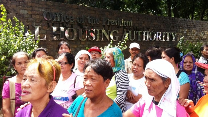Urban poor groups ask housing agencies for concrete plan on no-demolition-without-relocation