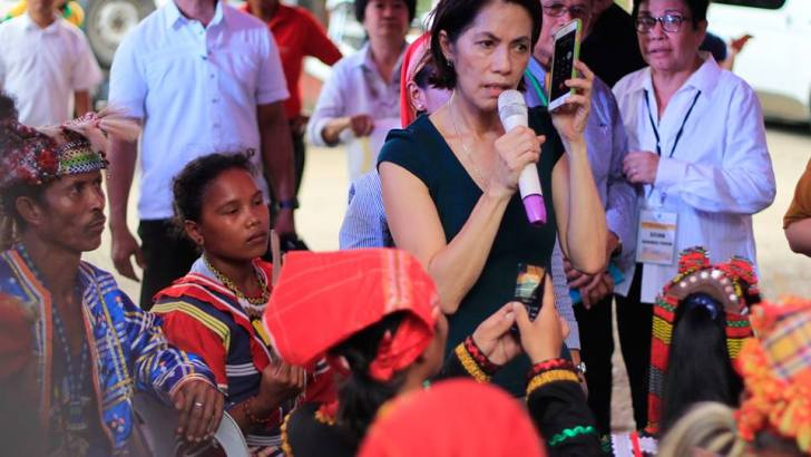 Indigenous peoples boo PH Armed Forces chief in 'phone dialogue'