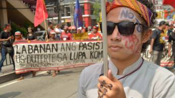 Photo slideshow: From Mendiola to Luneta, the deafening call; Never again!