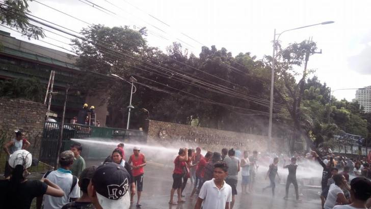 Police disperse urban poor protesters in NHA