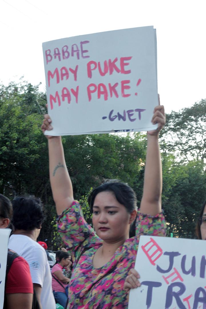 Sagot ng Puki (Vagina Answers Back)