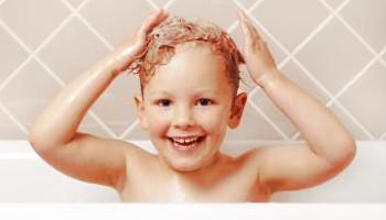 Молочные корочки на голове у ребенка, как убрать гнейс ...