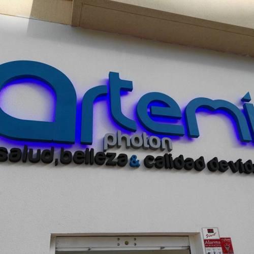Artemis (3)