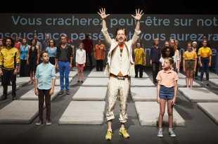Nous, l'Europe, Banquet des peuples de Laurent Gaudé par Roland Auzet image théâtre