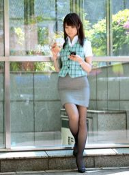 office-lady-13