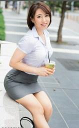 office-lady-17
