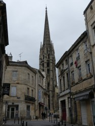 Flèche Saint Michel à Bordeaux en France